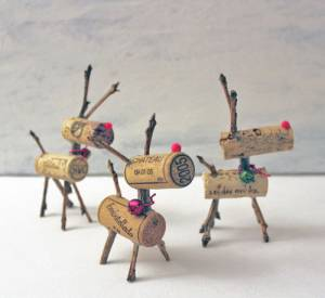 Crafty-Cork-Reindeers