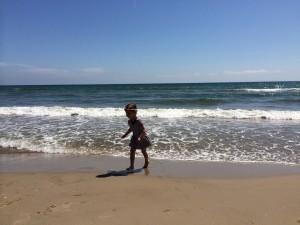 Playa Malvarrosa – kilometri mivke in hladen ocean.