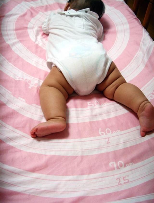 vir: http://www.yankodesign.com/2009/12/17/measuring-babies/